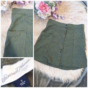 Universal Thread Skirt